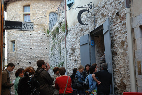 Café Théâtre La Luna Negra, 7 rue des Augustins 64100 Bayonne